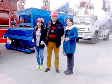 俄罗斯客户到建新公司签约大型商砼jrs直播nba手机网页版登录设备