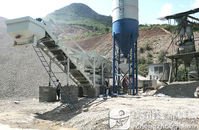 重庆德江300稳定土拌和站安装调试成功