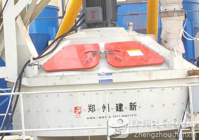 河南原阳jrs直播nba手机网页版登录安装完成主机采用建新1500立轴jrs直播火箭队搅拌机